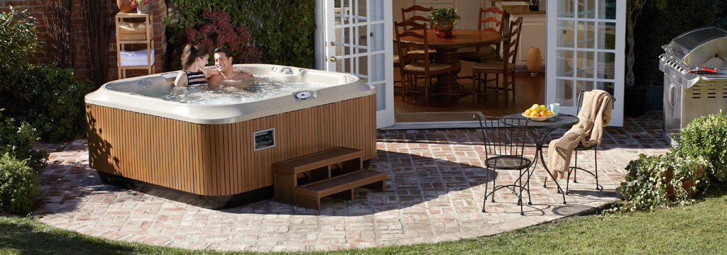 Jacuzzi serie j355 piscine da terrazzo e giardino - Jacuzzi da giardino ...
