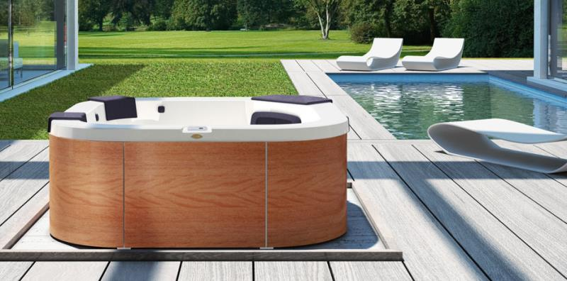 piscine jacuzzi italian design piscine da terrazzo e. Black Bedroom Furniture Sets. Home Design Ideas
